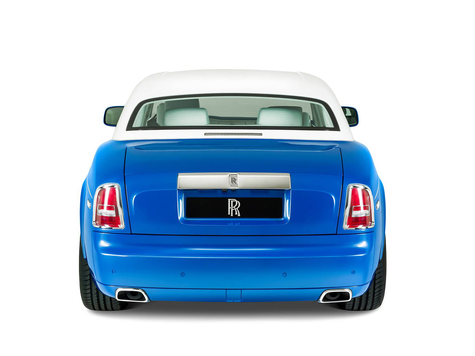 rolls-royce-Phantom-Coupe_-inspired-by-Qasr-Al-Hosn-10