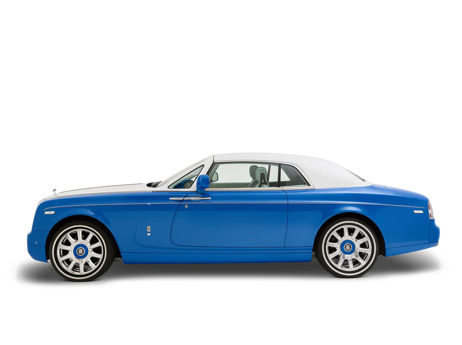 rolls-royce-Phantom-Coupe_-inspired-by-Qasr-Al-Hosn-13