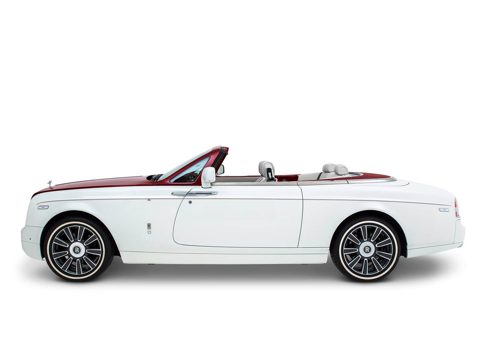 rolls-royce-Phantom-Drophead-Coupe_-inspired-by-DesertRose-15