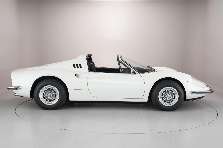 Ross_Brawn_1974_Ferrari_Dino_246_GTS_03
