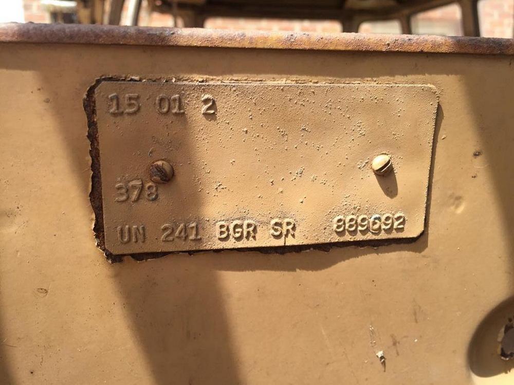 Rusty Volkswagen Bus 1963 for sale (10)