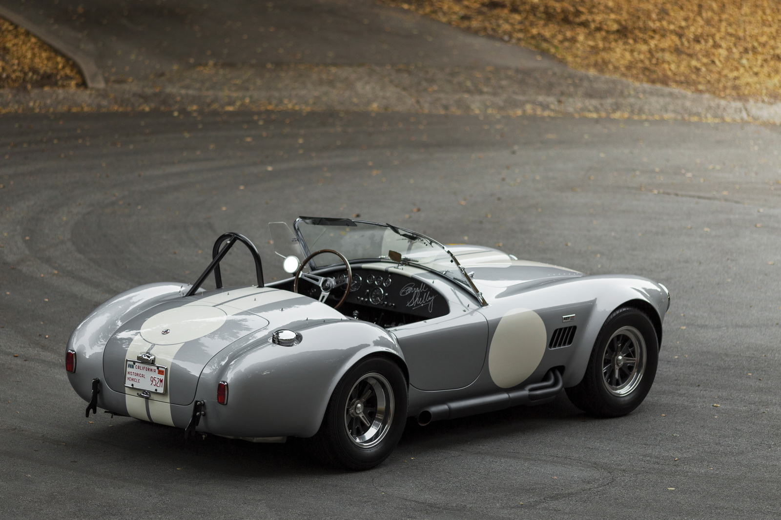Shelby 427 Cobra Semi-Competition 1966 auction (12)
