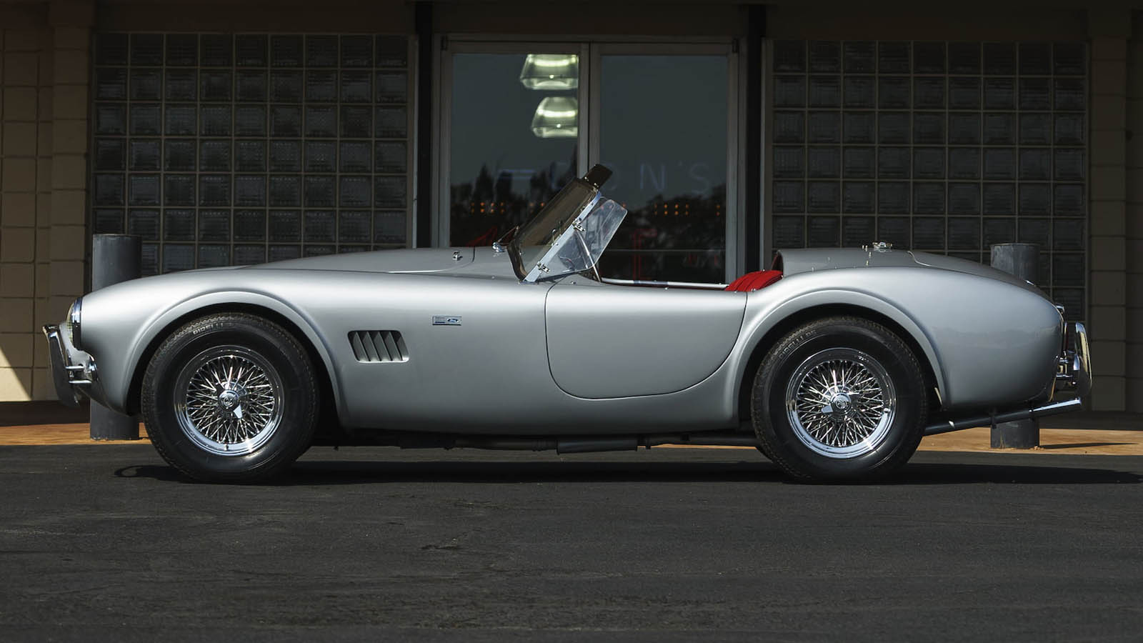 Shelby_Cobra_289_Automatic_01