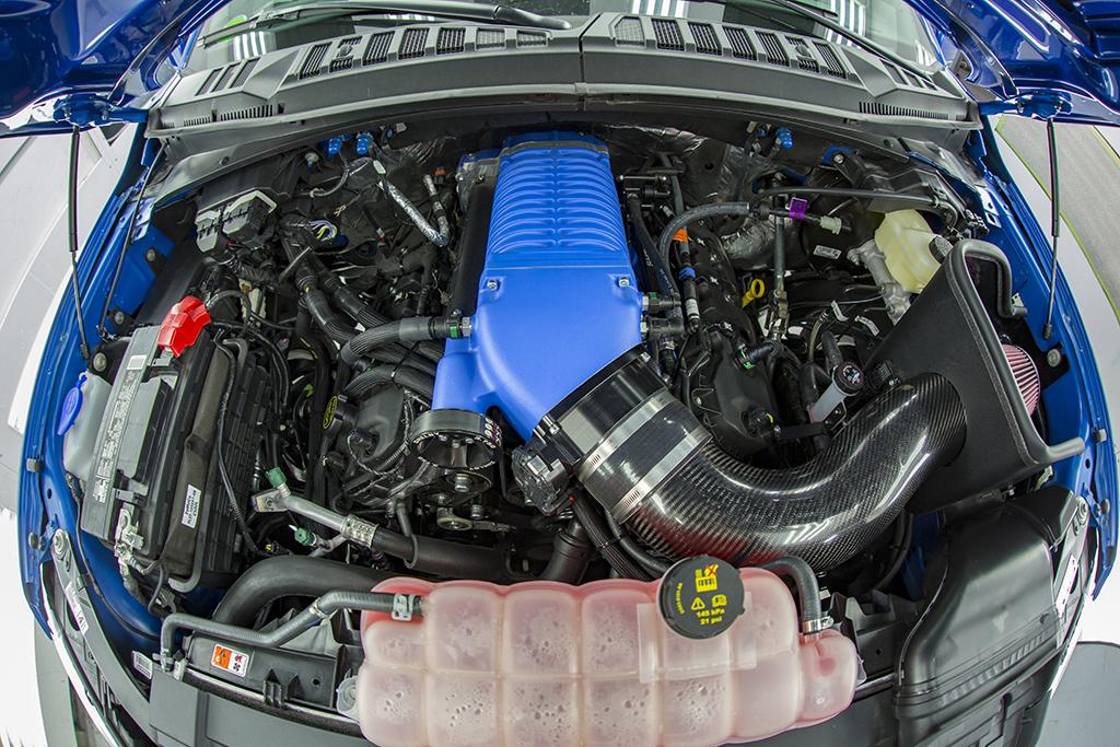 2017-Shelby-F-150-Super-Snake-4