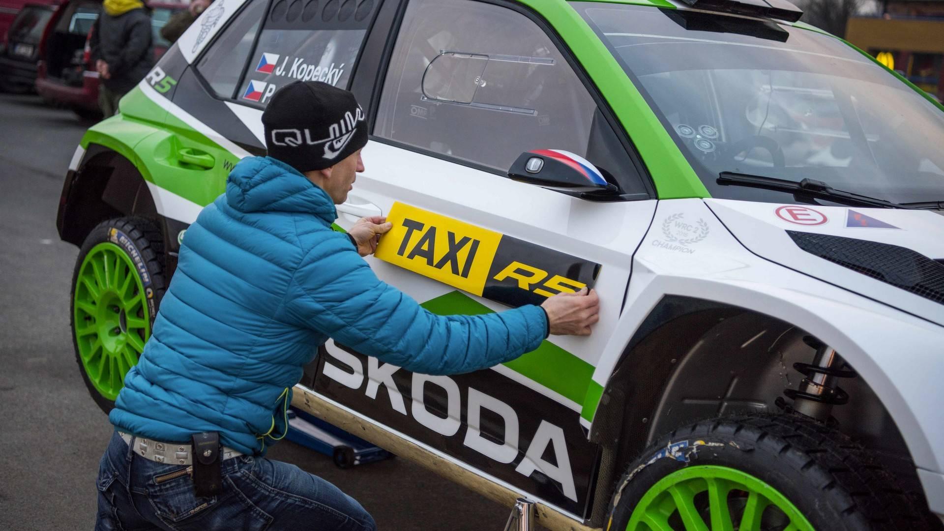 skoda-fabia-r5-taxi (10)