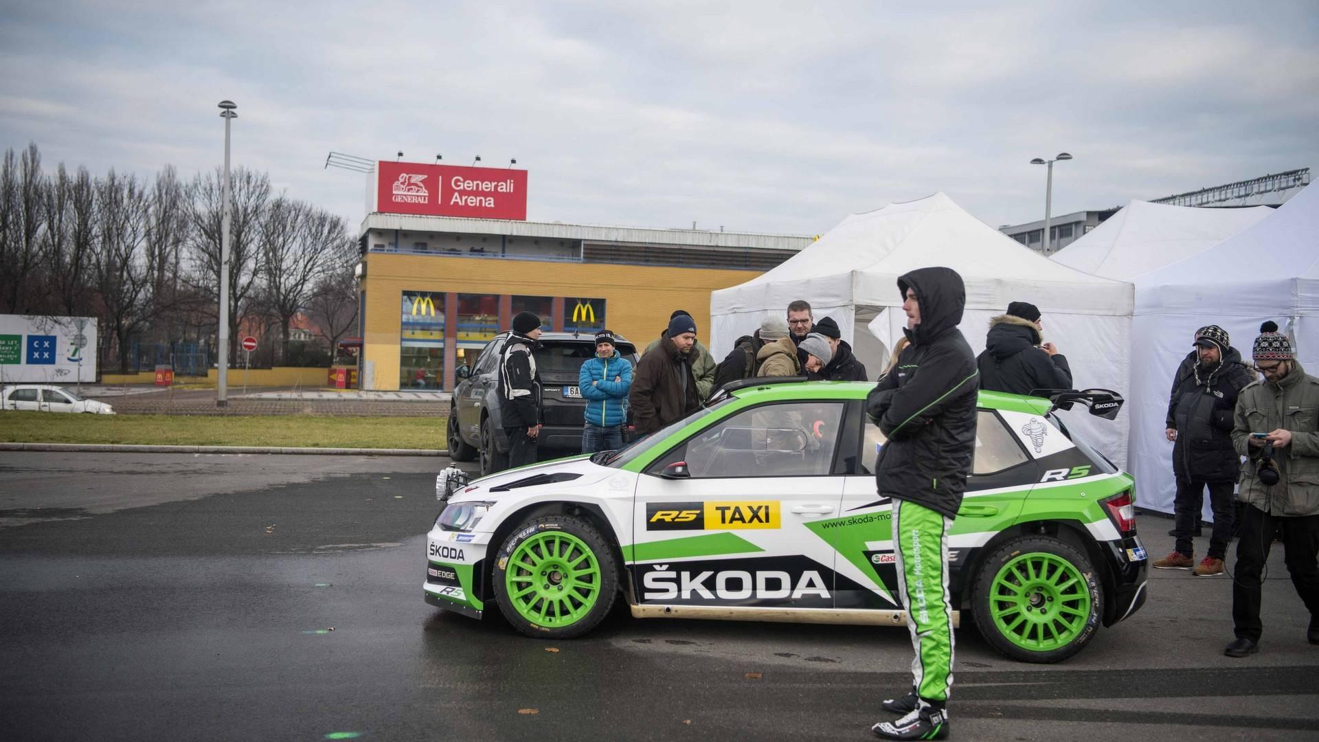 skoda-fabia-r5-taxi (6)