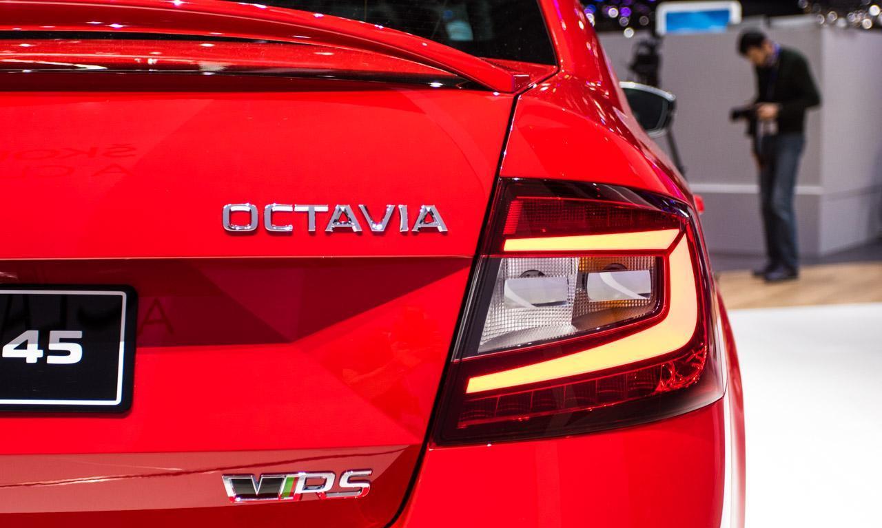 Skoda-Octavia-RS-245-4385