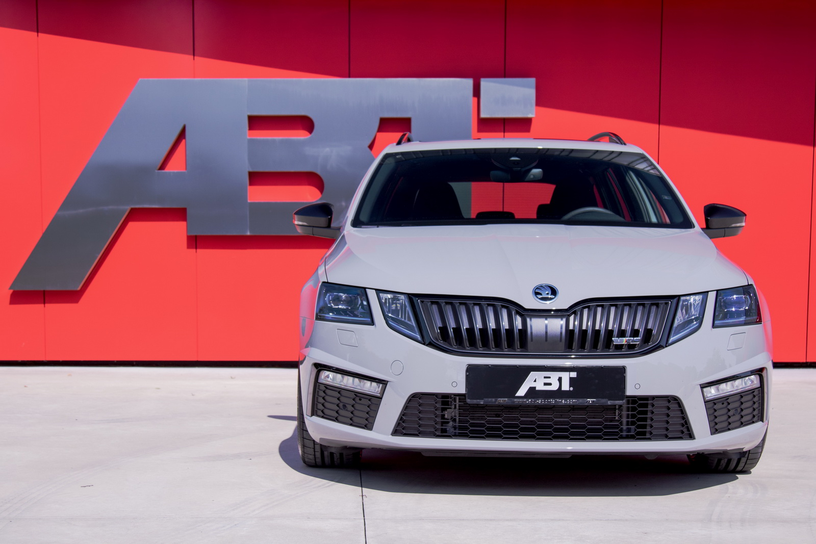 Skoda_Octavia_RS_by_ABT_01