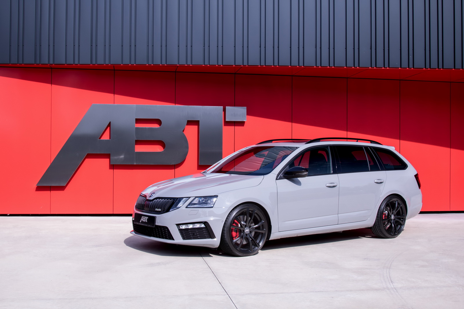 Skoda_Octavia_RS_by_ABT_02