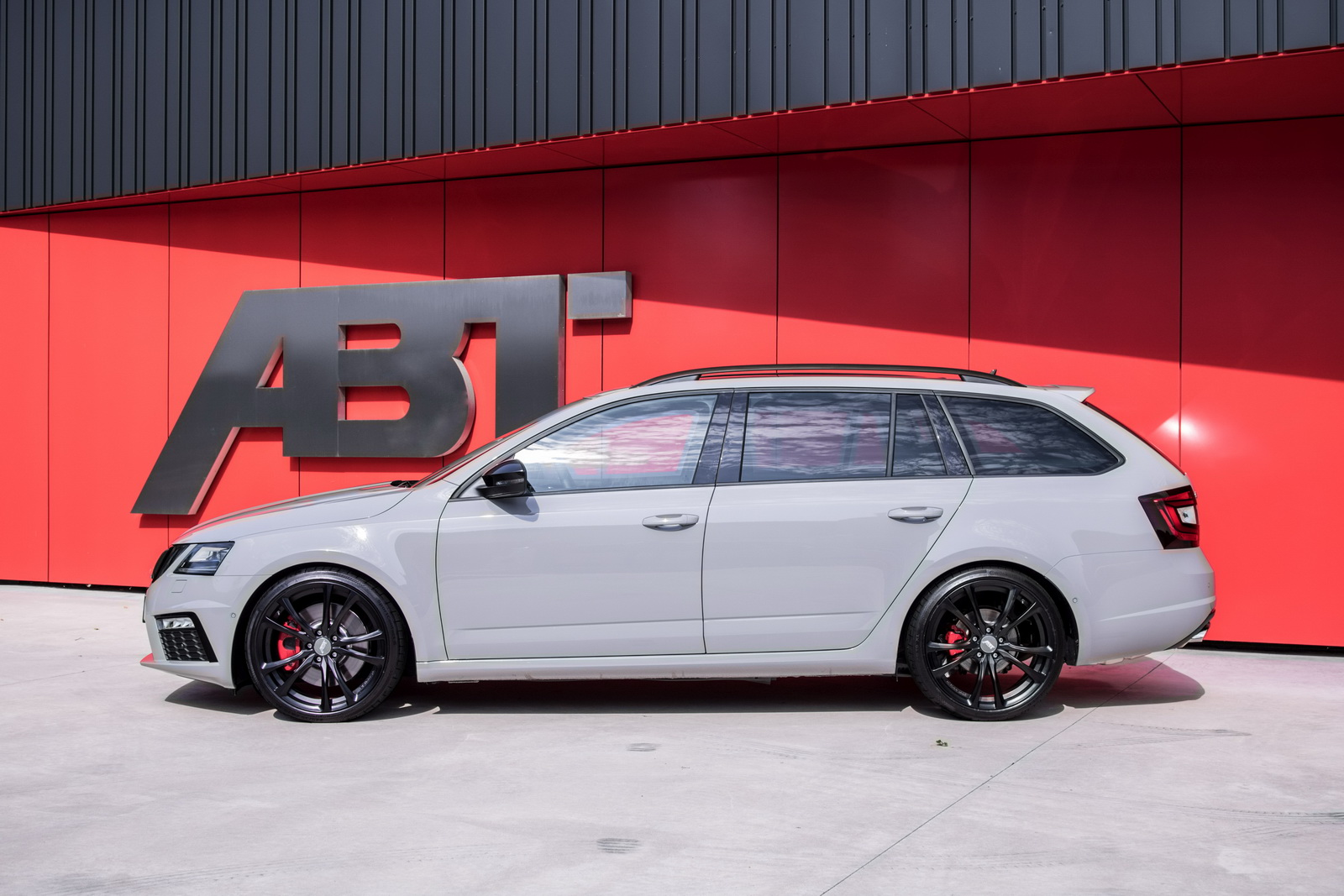 Skoda_Octavia_RS_by_ABT_07