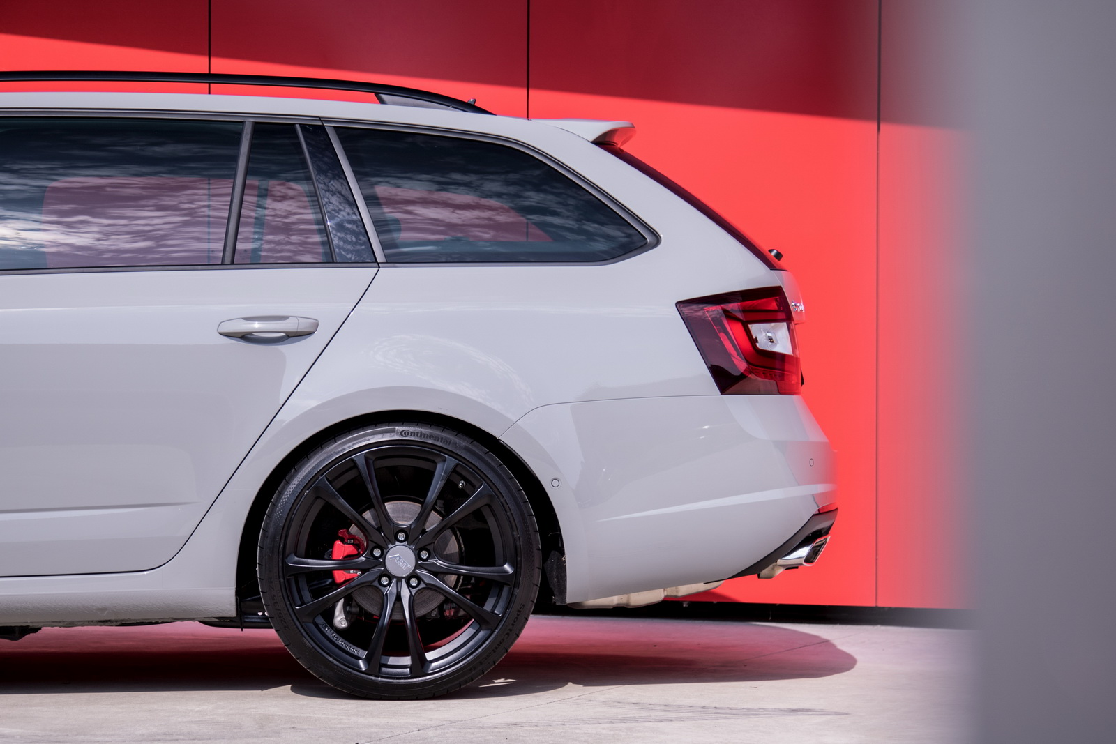 Skoda_Octavia_RS_by_ABT_08