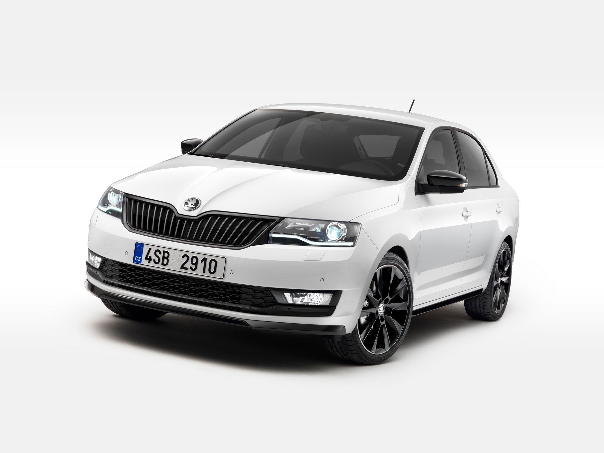 Skoda Rapid facelift 2017 (1)