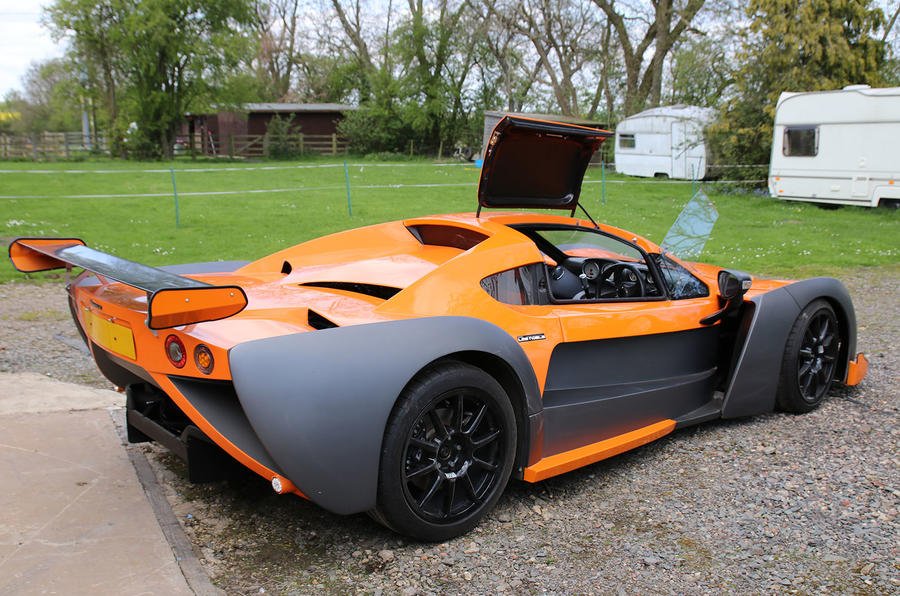 Specialised_Sporting_Vehicles_09