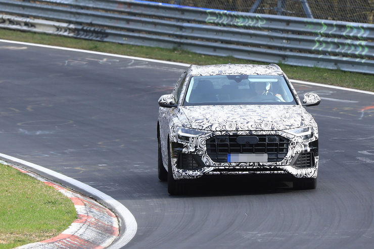Spy_Photos_Audi_Q8_03