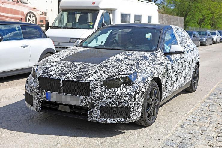 2018-BMW_1_Series_15