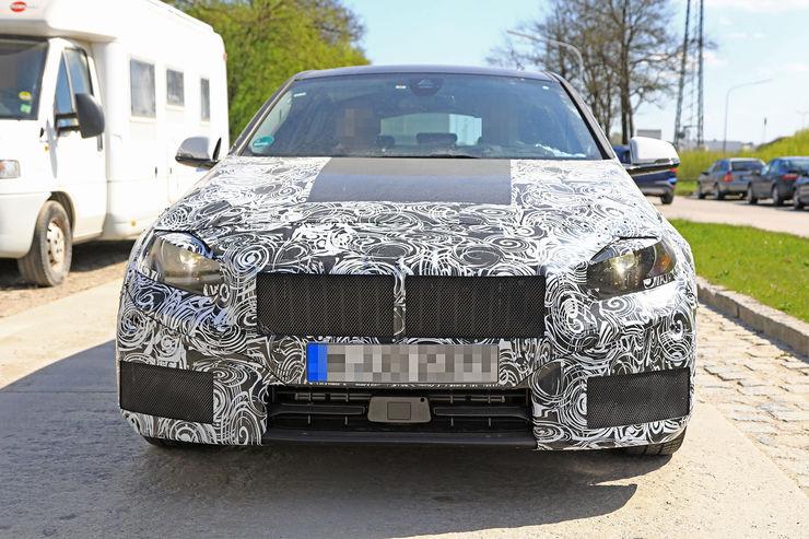 2018-BMW_1_Series_16