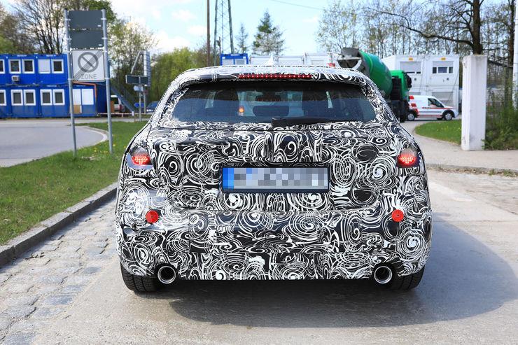 2018-BMW_1_Series_19