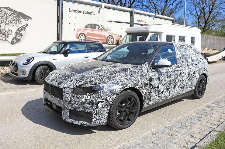 2018-BMW_1_Series_22