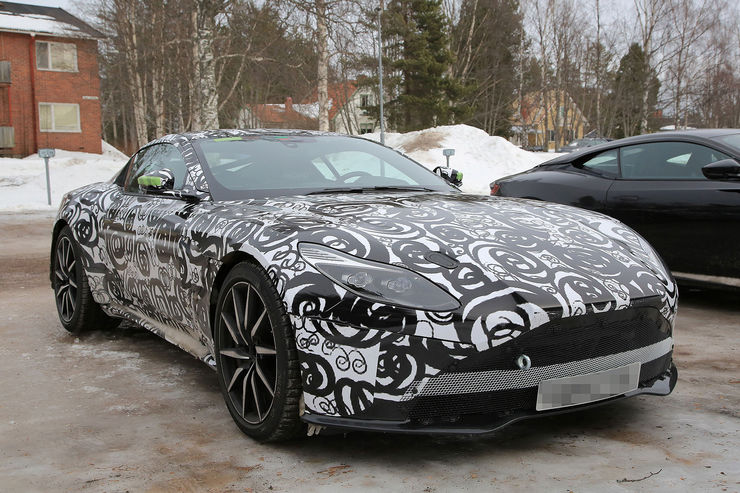 Spy_Photos_Aston_Martin_DB11_S_V8_04