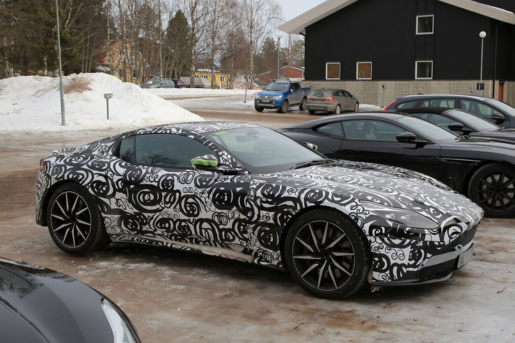 Spy_Photos_Aston_Martin_DB11_S_V8_08