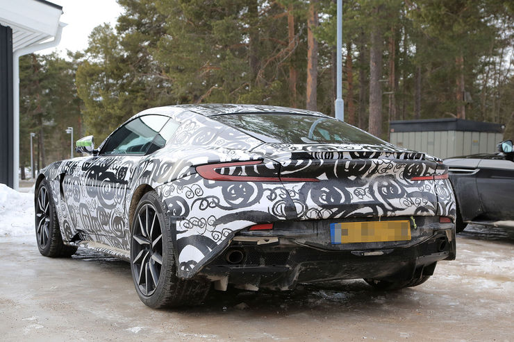 Spy_Photos_Aston_Martin_DB11_S_V8_15