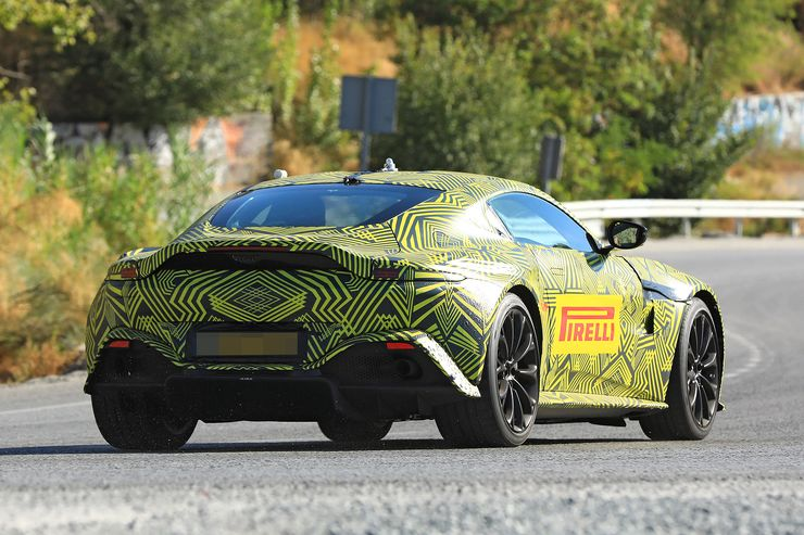 Spy_Photos_Aston_Martin_Vantage_V8_03