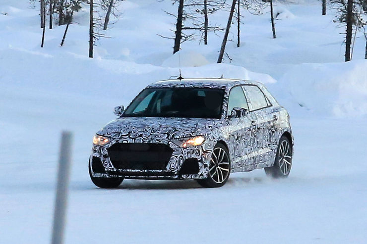 Spy_Photos_Audi_A1_09
