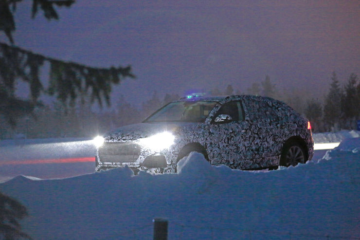 Spy_Photos_Audi_Q8_08