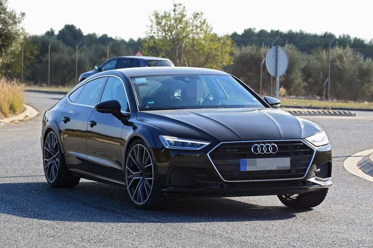 Spy_Photos_Audi_RS7_0000
