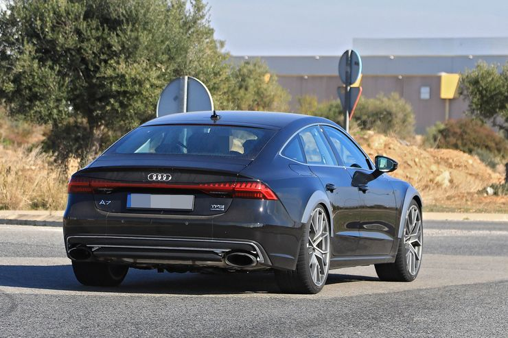 Spy_Photos_Audi_RS7_0002