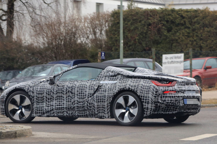 Spy_Photos_BMW_i8_Spyder_02