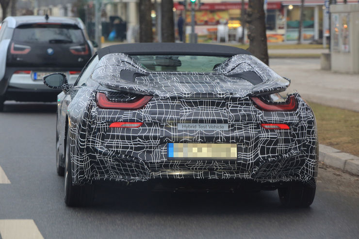 Spy_Photos_BMW_i8_Spyder_03