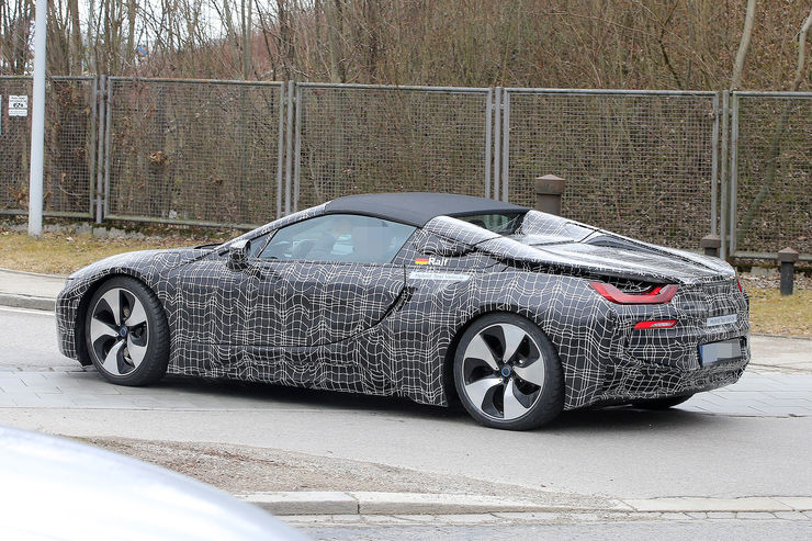 Spy_Photos_BMW_i8_Spyder_04
