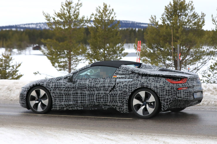 Spy_Photos_BMW_i8_Spyder_01