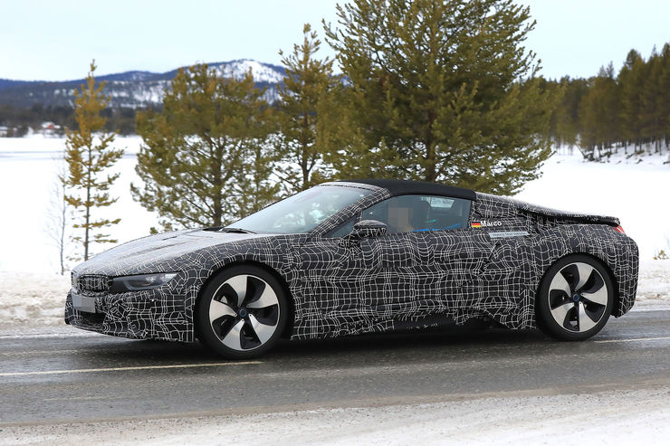 Spy_Photos_BMW_i8_Spyder_11