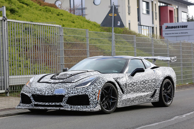 Chevrolet_Corvette_ZR1_01