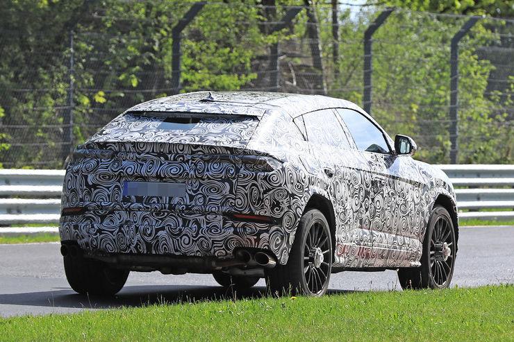 Spy_Photos_Lamborghini_Urus_39
