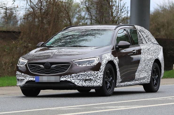 Spy_photos_ Opel_Insignia_Country_Tourer_06