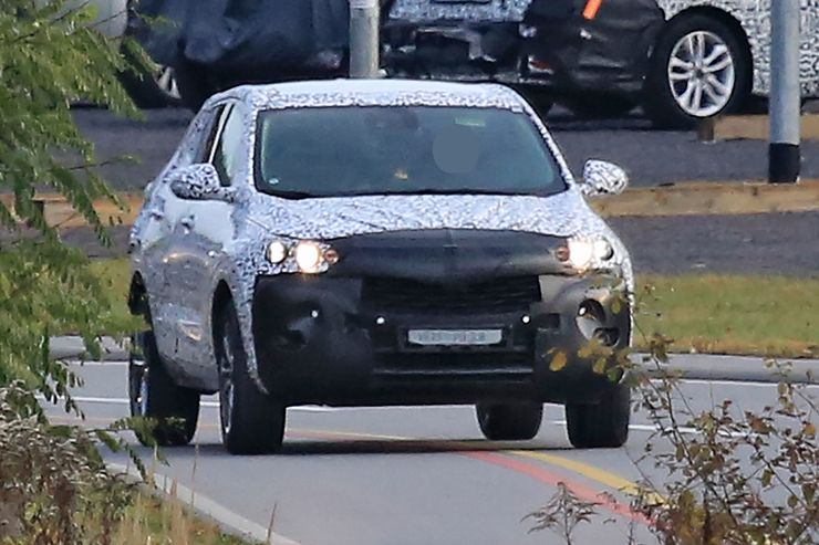 Spy_Photos_Opel_Mokka_X_0000