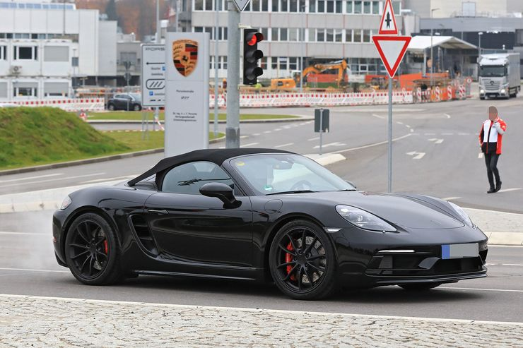 Spy_Photos_Porsche_718_Boxster_Spyder_0005