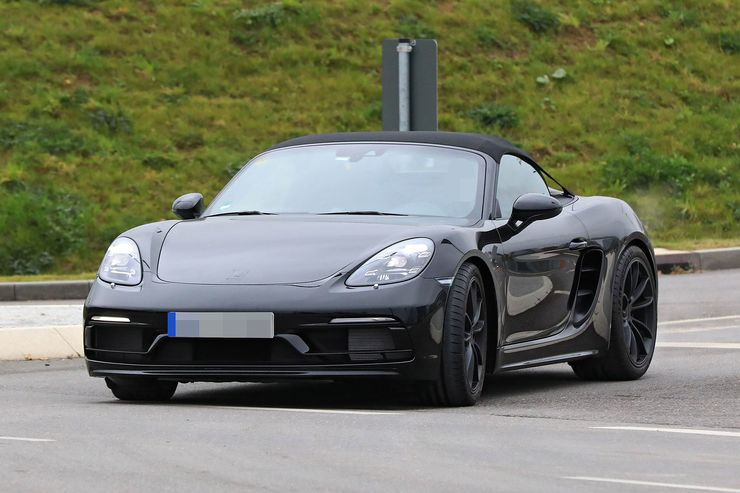 Spy_Photos_Porsche_718_Boxster_Spyder_0008