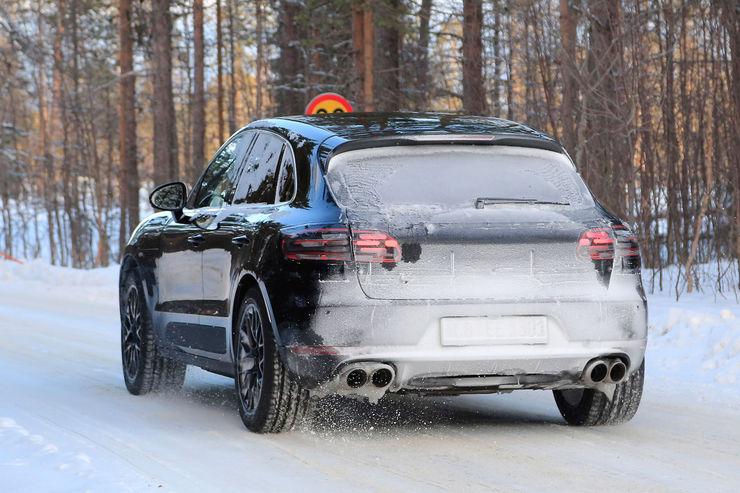 Spy_Photos_Porsche_Macan_facelift_09