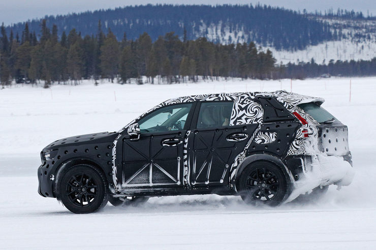Spy_Photos_Volvo_XC40_05