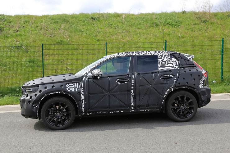 Spy_Photos_Volvo_XC40_11