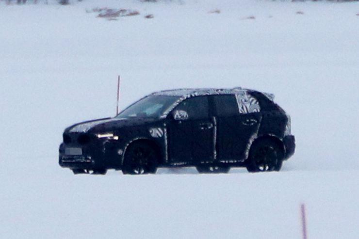 Spy_Photos_Volvo_XC40_14