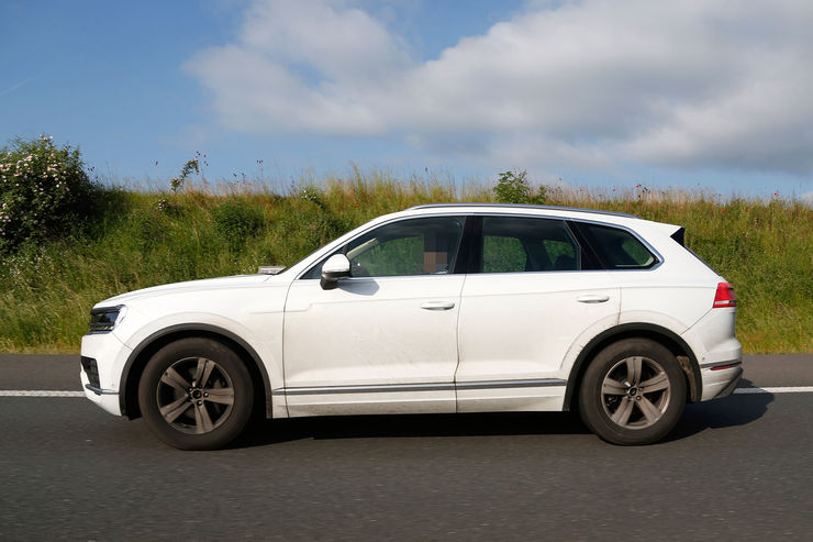 Spy_Photos_VW_Touareg_10