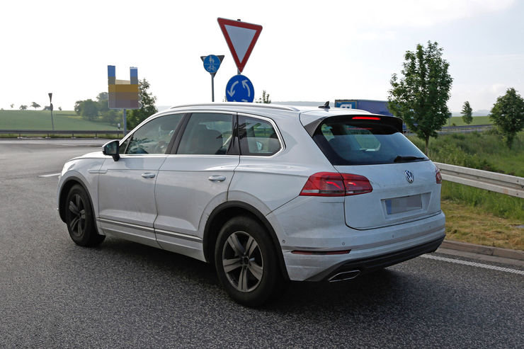 Spy_Photos_VW_Touareg_11