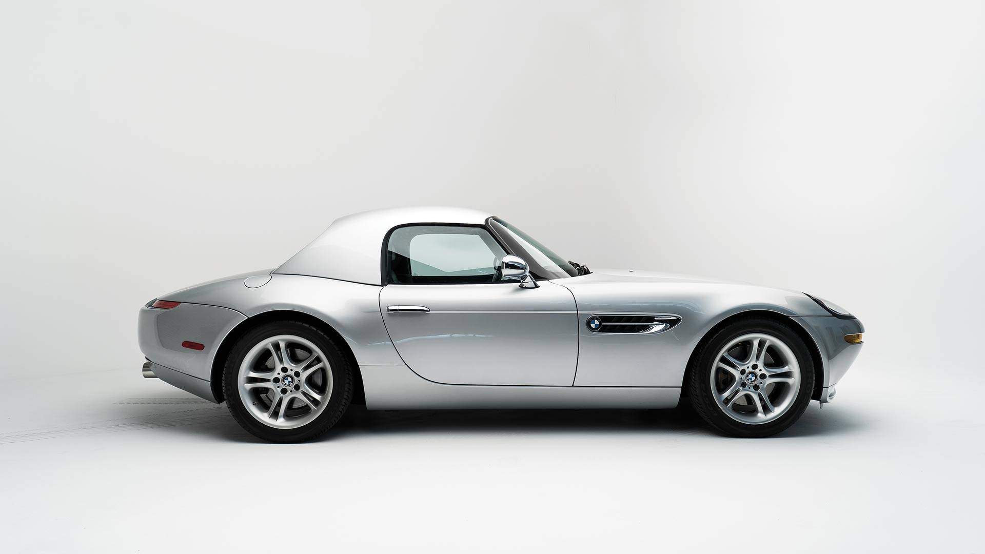 Steve_Jobs_2000_BMW_Z8_auction_0003