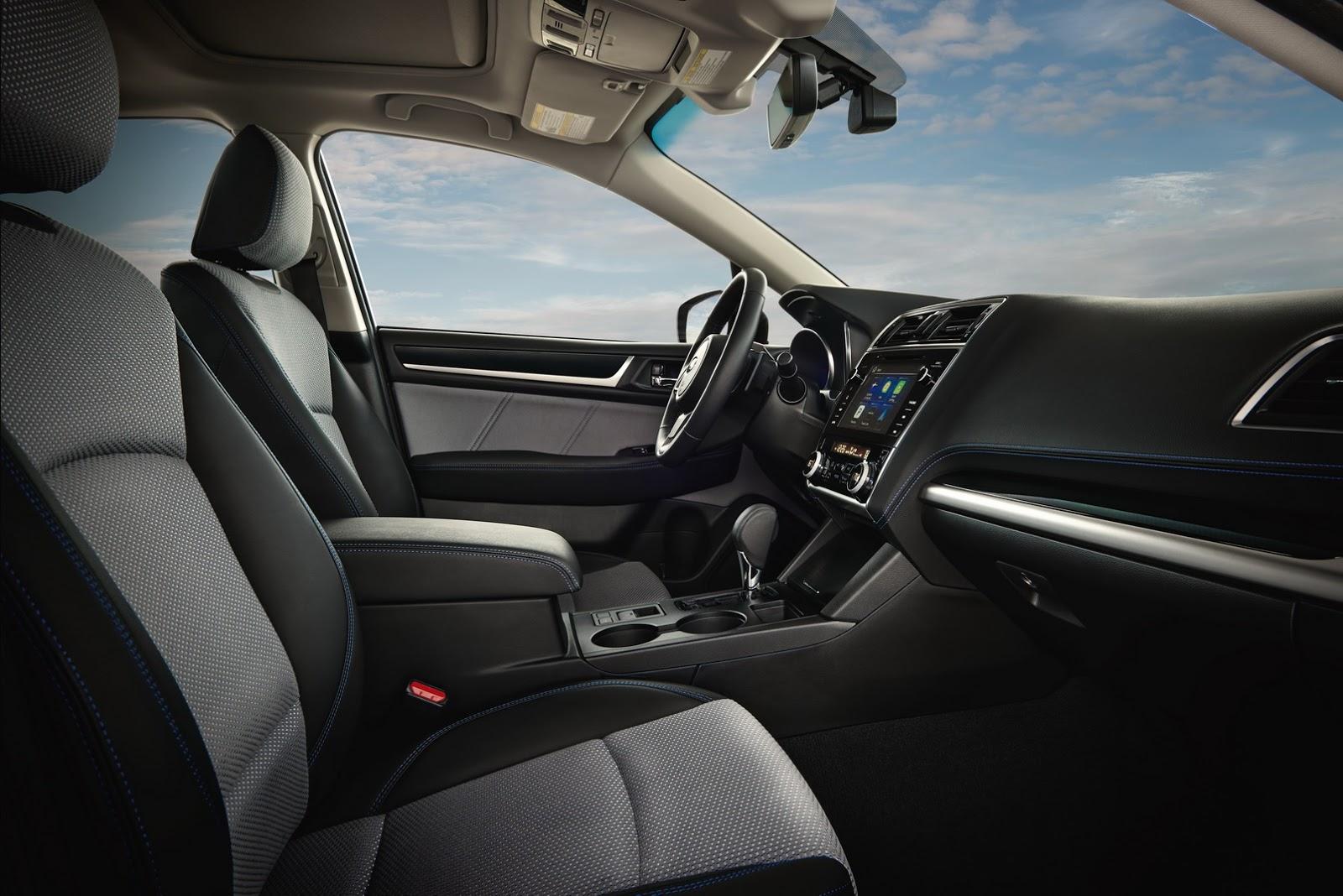 Subaru Legacy 2018 (8)