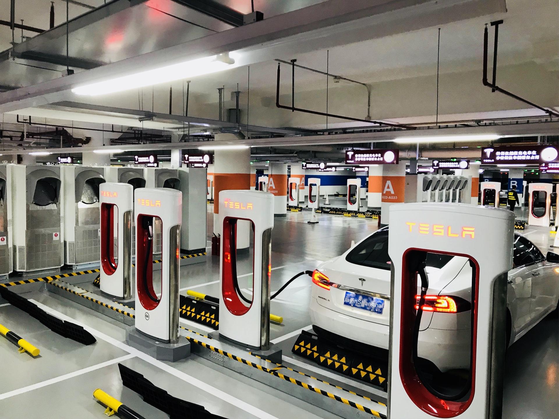Tesla_China_Supercharger07